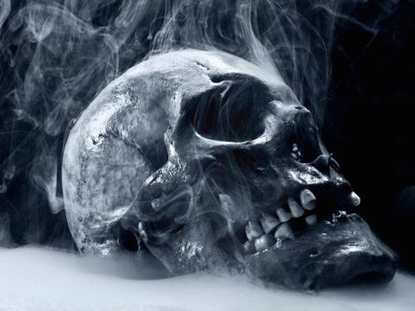 dissolving-skull